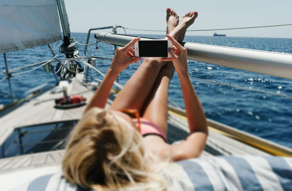 model videochat pe yacht